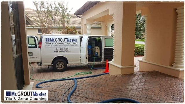 Professional tile and grout cleaning - Port Charlotte, FL grout cleaning